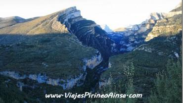 Ruta de senderismo: Cañón de Añisclo, Parque Nacional de Ordesa y Monte Perdido (Escalona, Huesca, España)